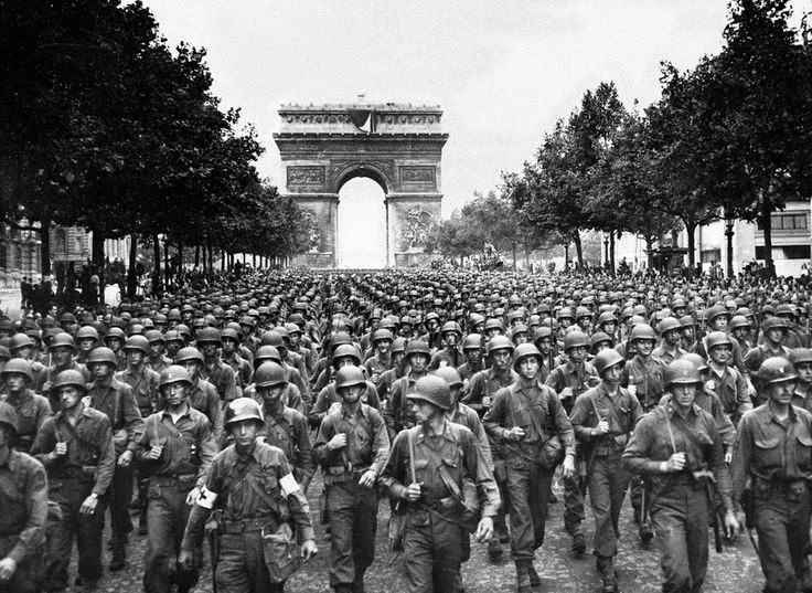 Liberation of Paris 75th Anniversary Commemoration at the WWII Memorial image