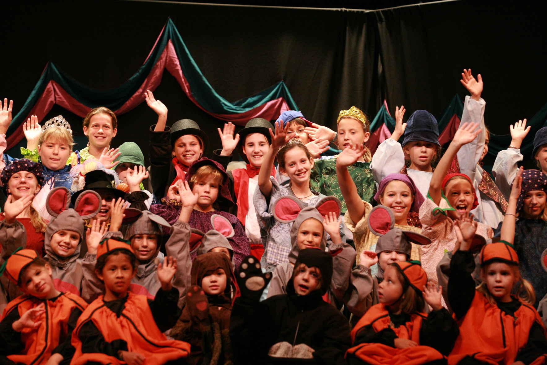 Missoula Children's Theatre's Cinderella 4:00 image