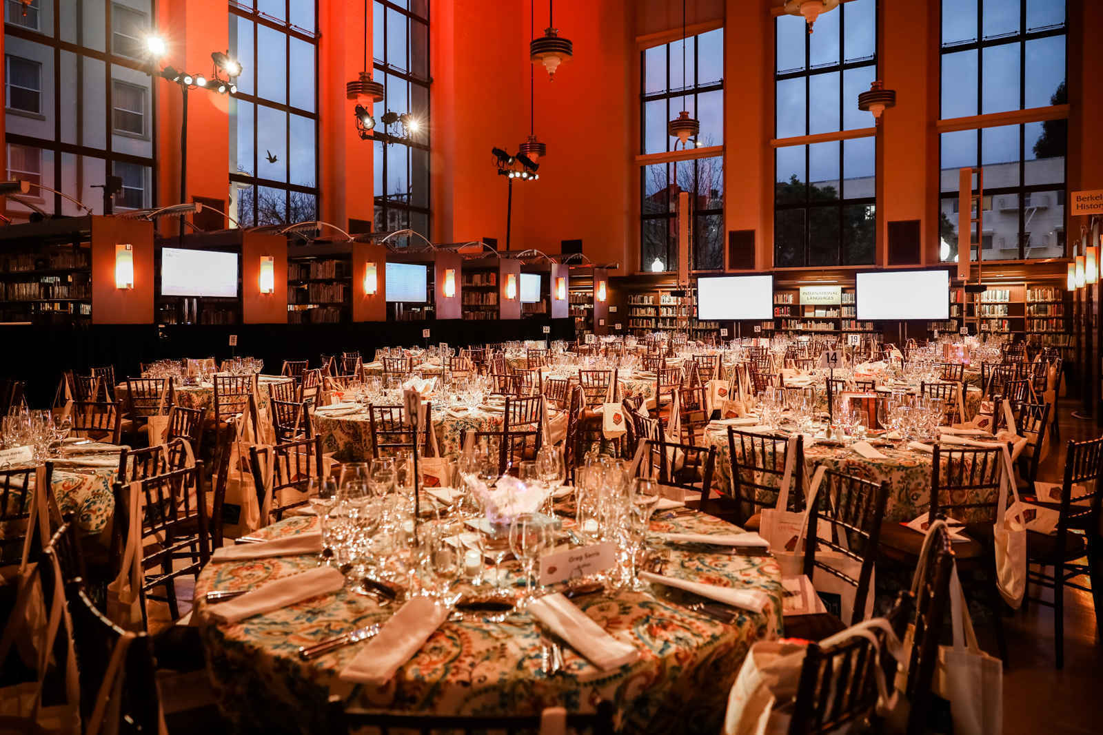 18th Annual Authors Dinner image