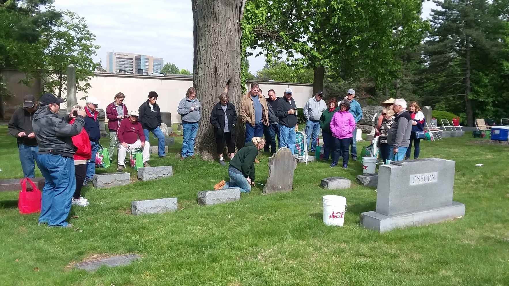 Headstone Cleaning and Restoration Classes image