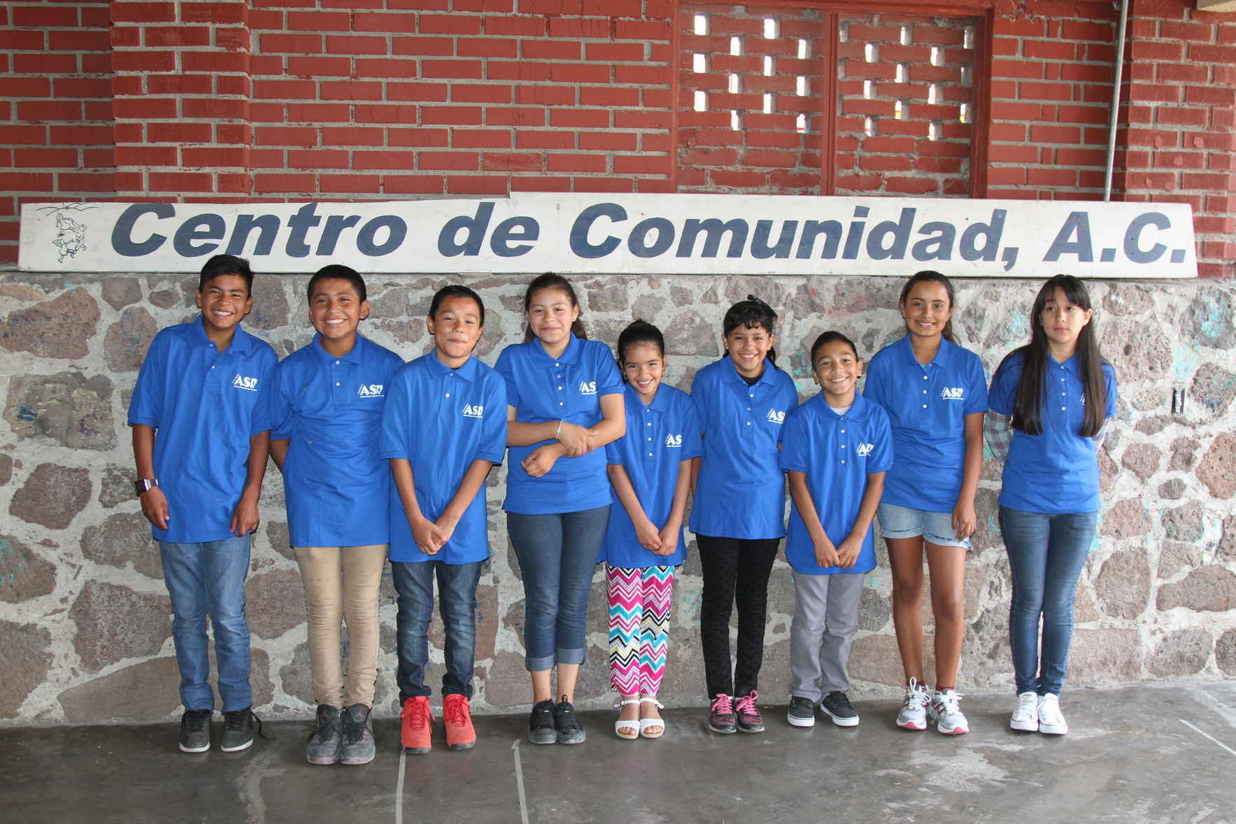 Give a child in Mexico the gift of education image