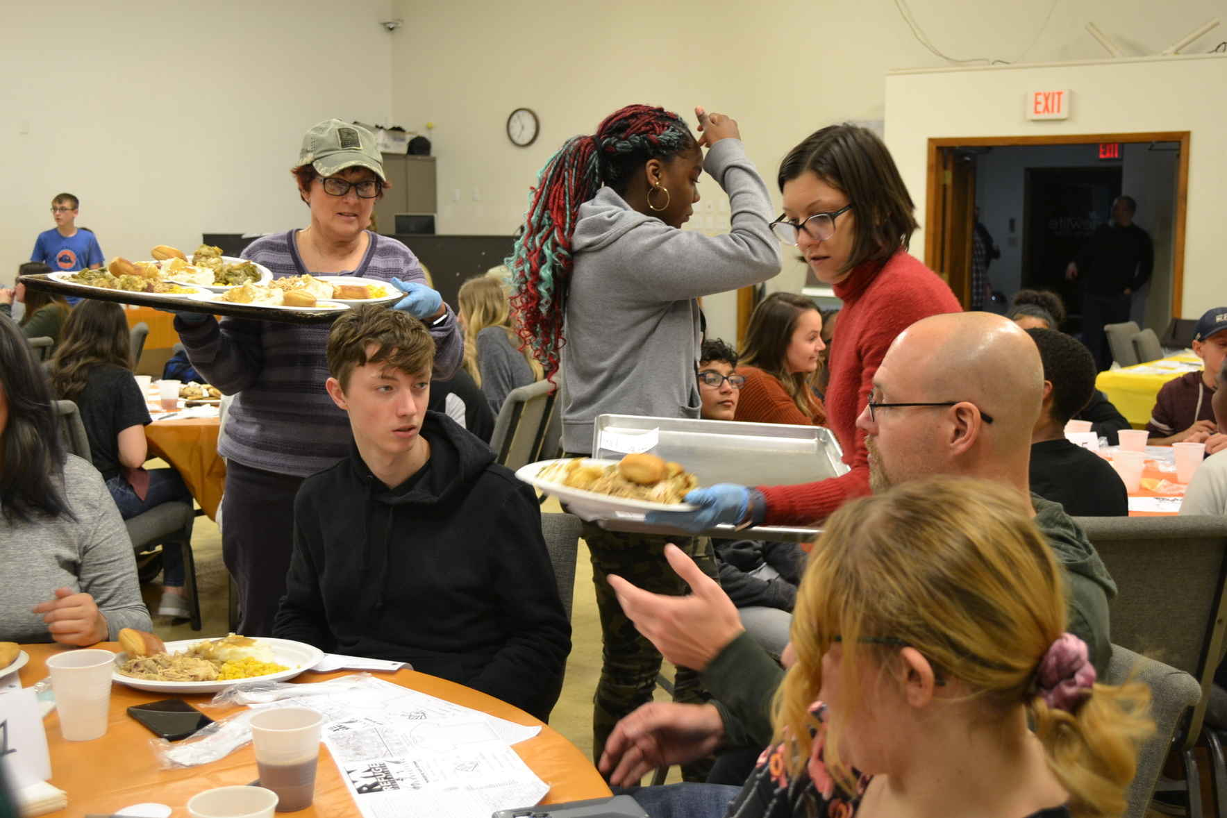 Donate to give a teen a family Thanksgiving meal image