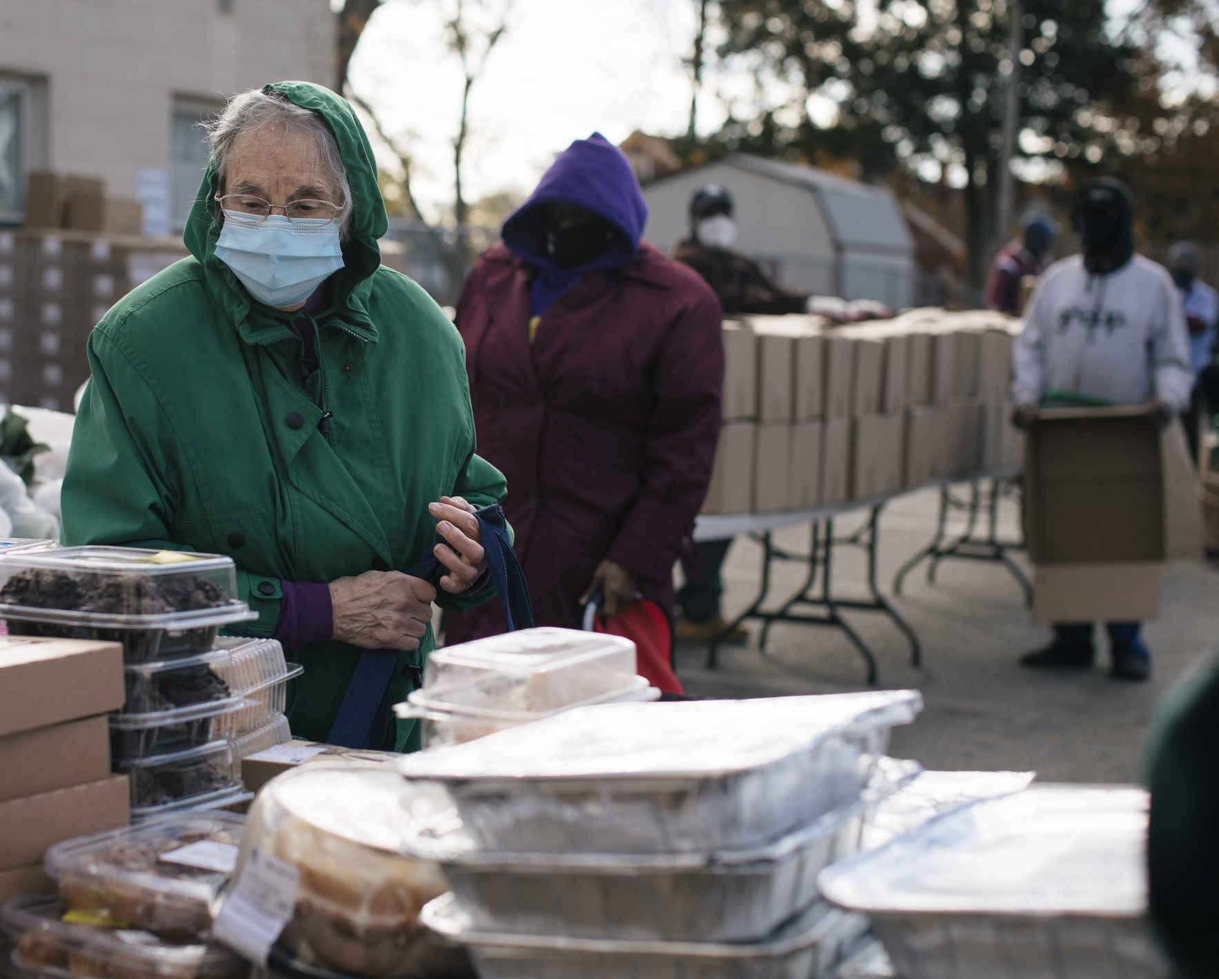 Help Texas Food Banks Respond to the Weather & Energy Crisis  image
