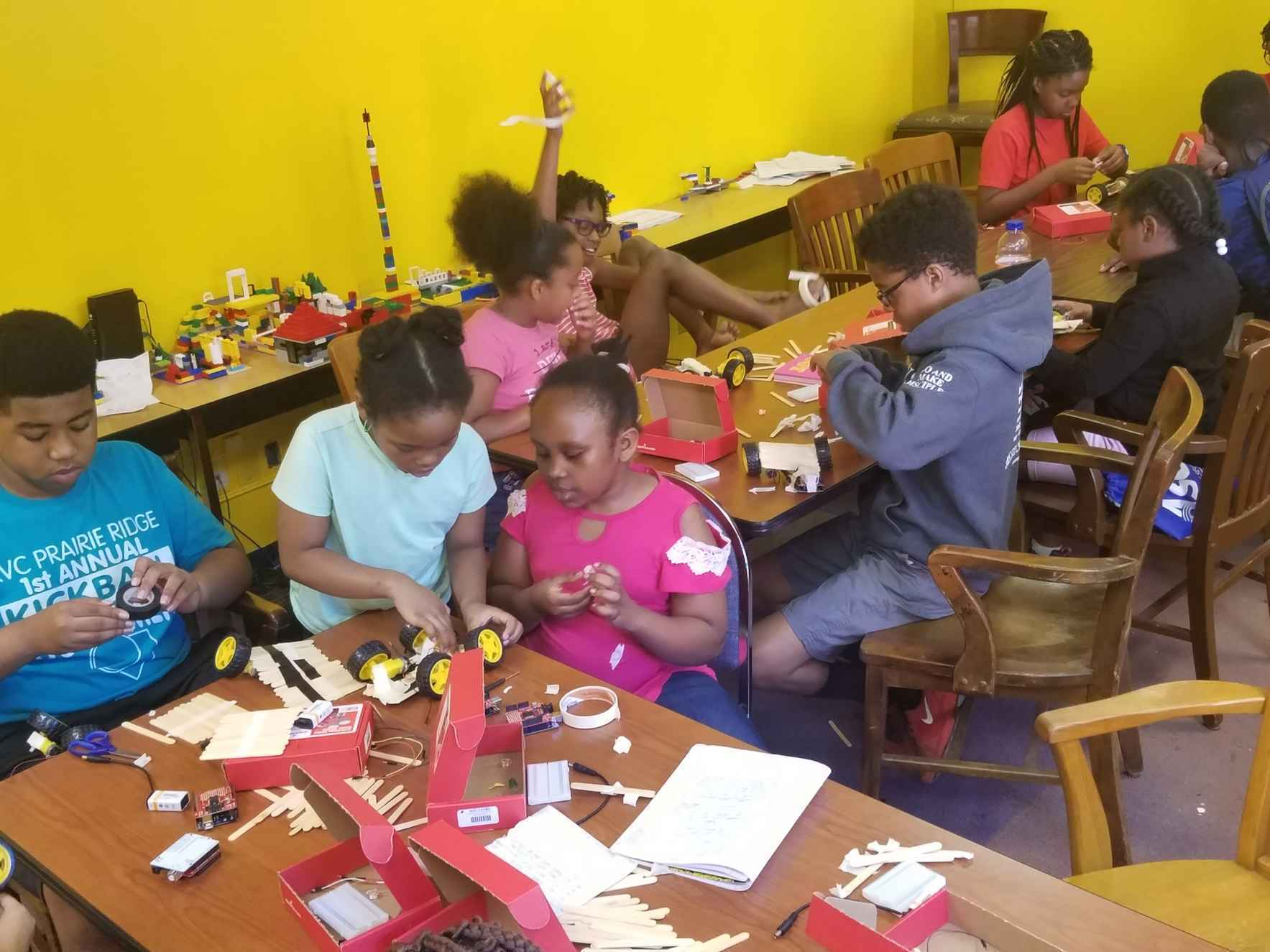 Future Engineers in the Making! Preparing Youth for the Challenges of the Fourth Industrial Revolution! image
