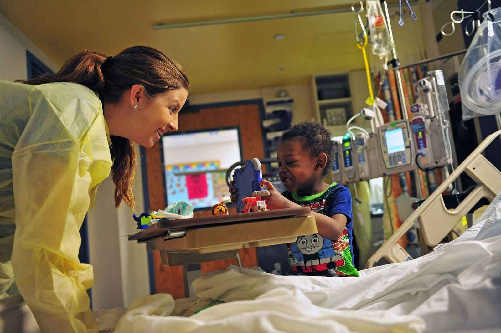 Give Now and Bring Smiles to Hospitalized Children image