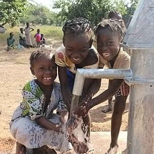 Make a difference in the life of children affected by cholera outbreaks in Africa image