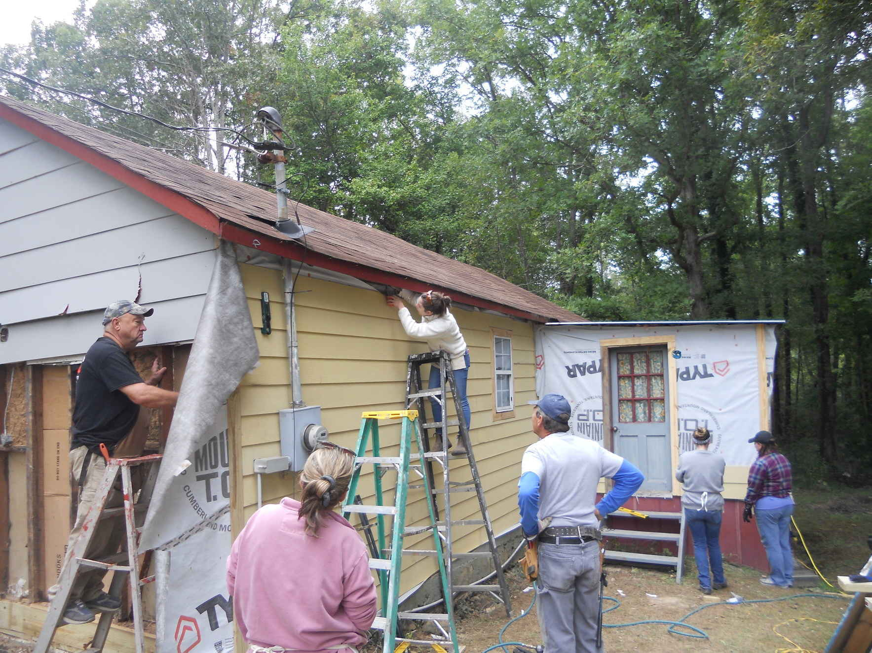 Join the Builders Club Monthly Giving Program image