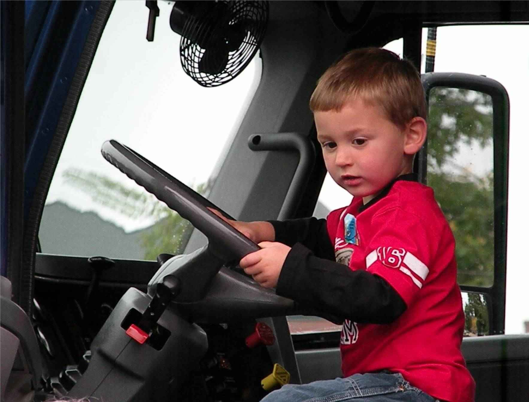 Make a difference in the life of drivers like Luke. image