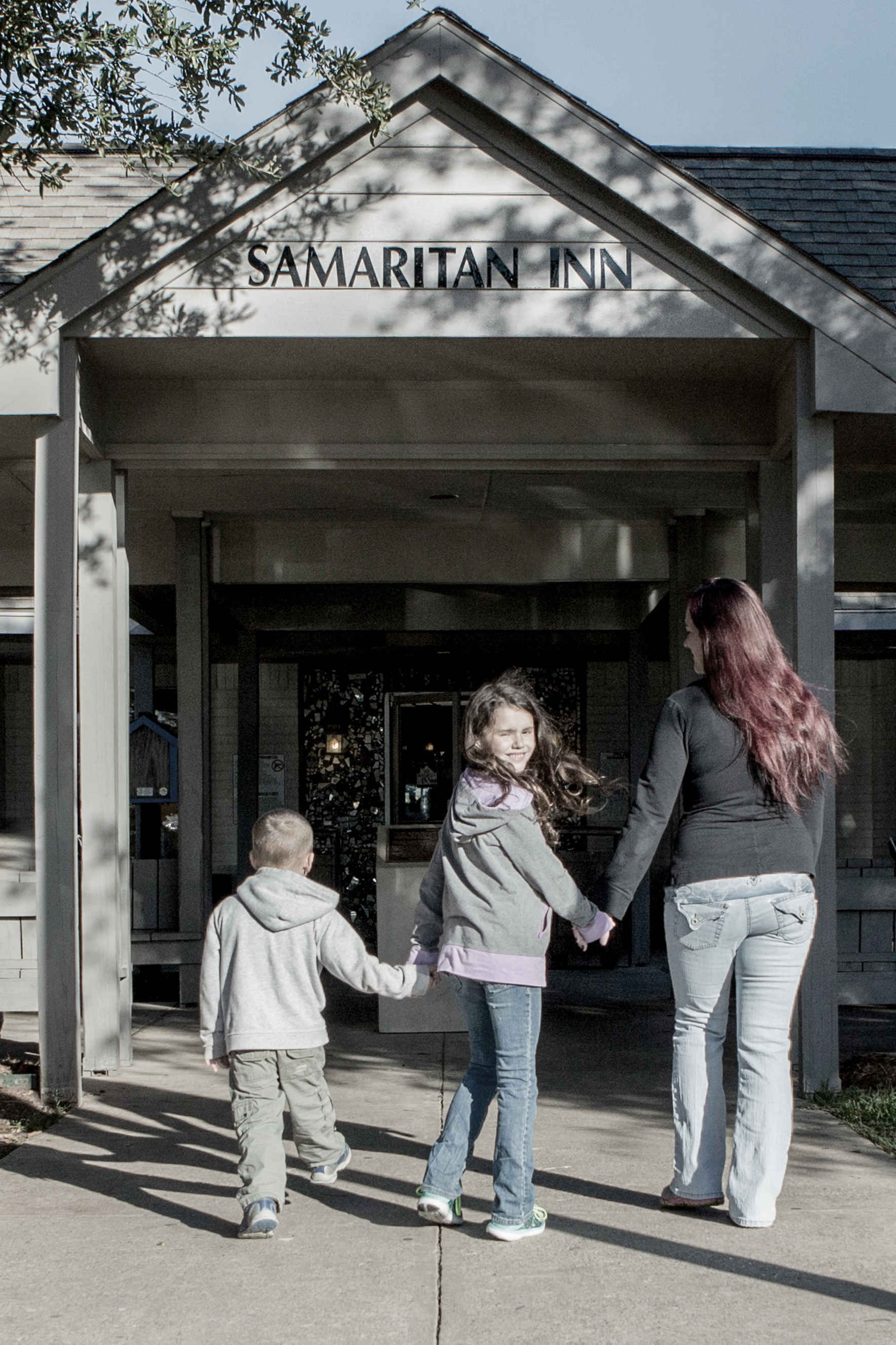 Donate now to support the programs provided by The Samaritan Inn. image