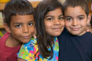 SUPPORT MIGRANT CHILDREN IN THE NEW YORK AREA image