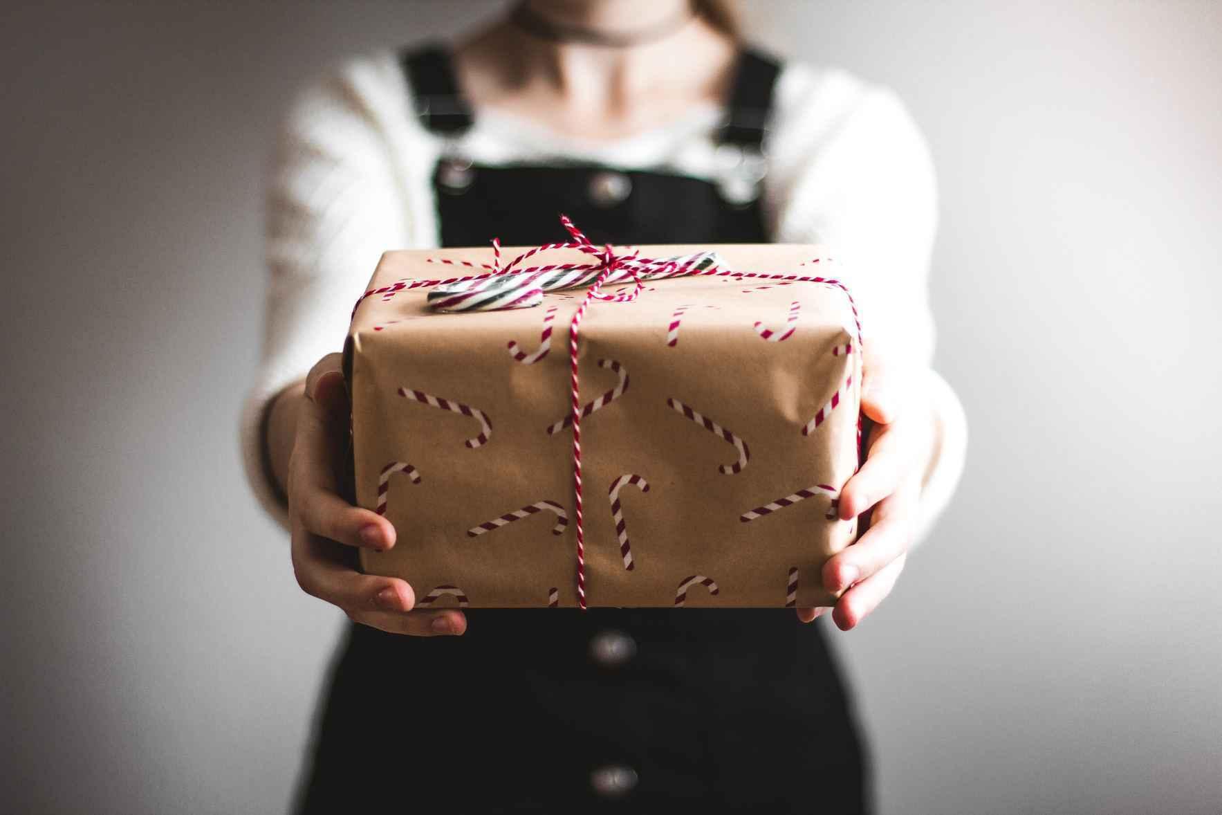Give Hope and Healing this Holiday Season image