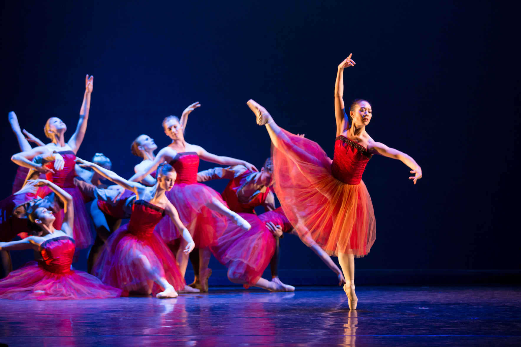 Give today to support honest, relevant, and breathtaking dance! image