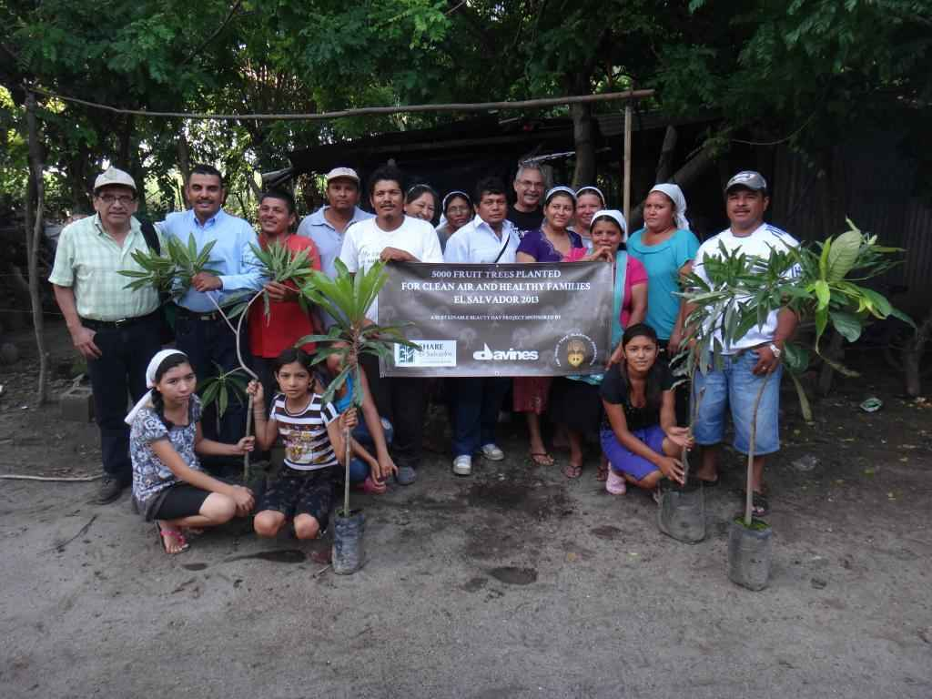 Make a difference in El Salvador's natural resources image