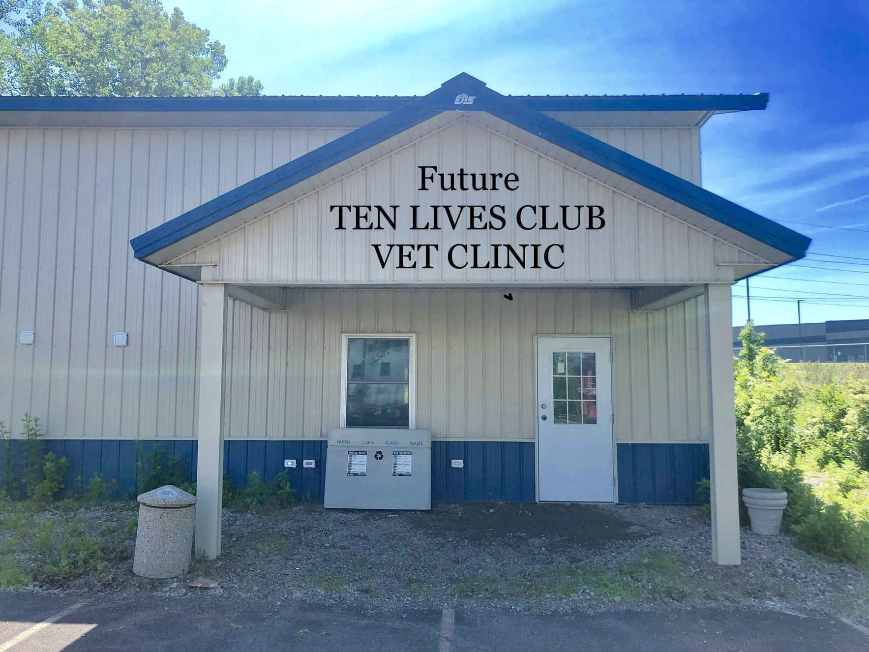 Donate today to Help Ten Lives Club expand the Veterinarian Clinic image