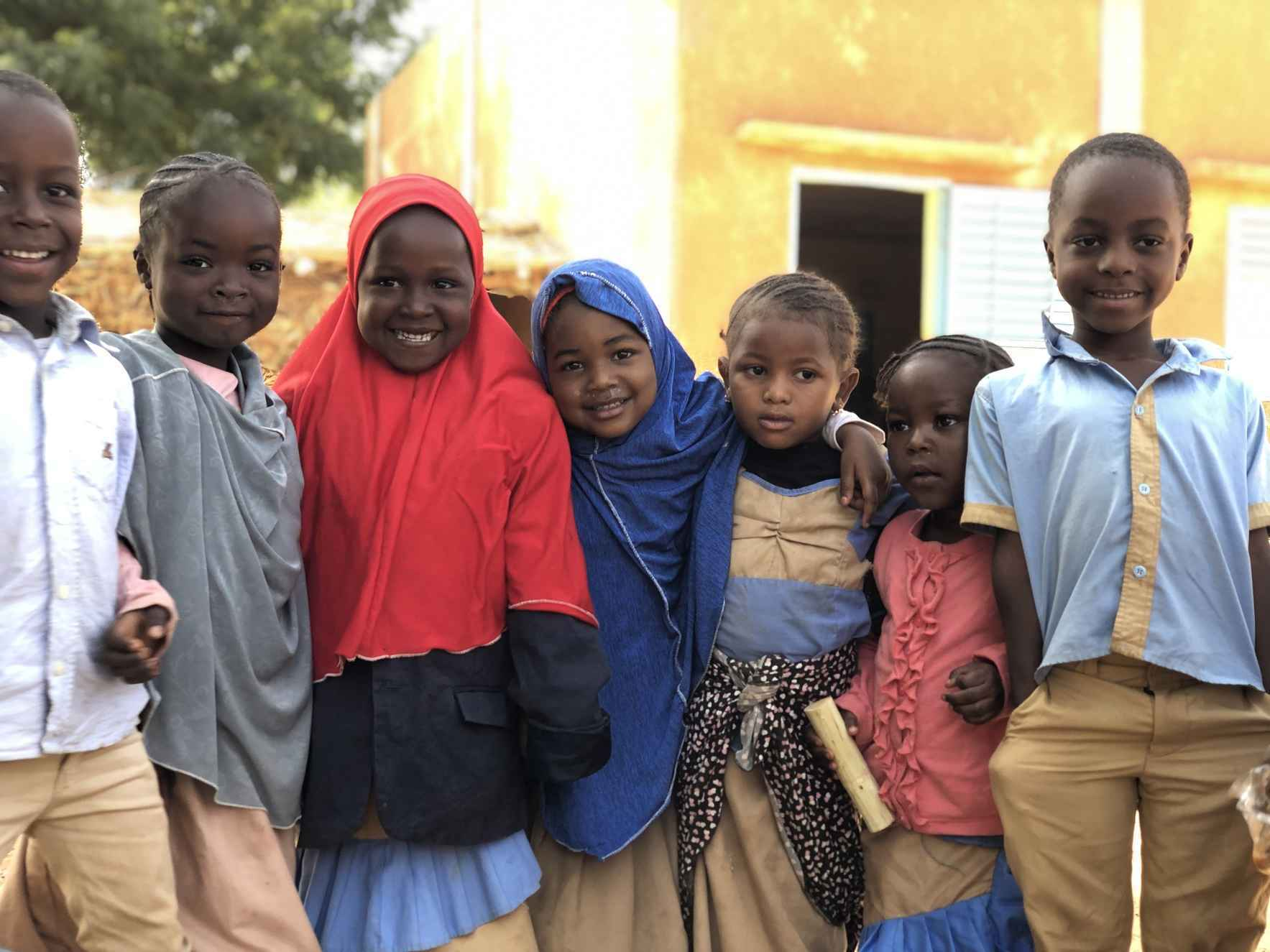 Give quality education to children in Niger! image
