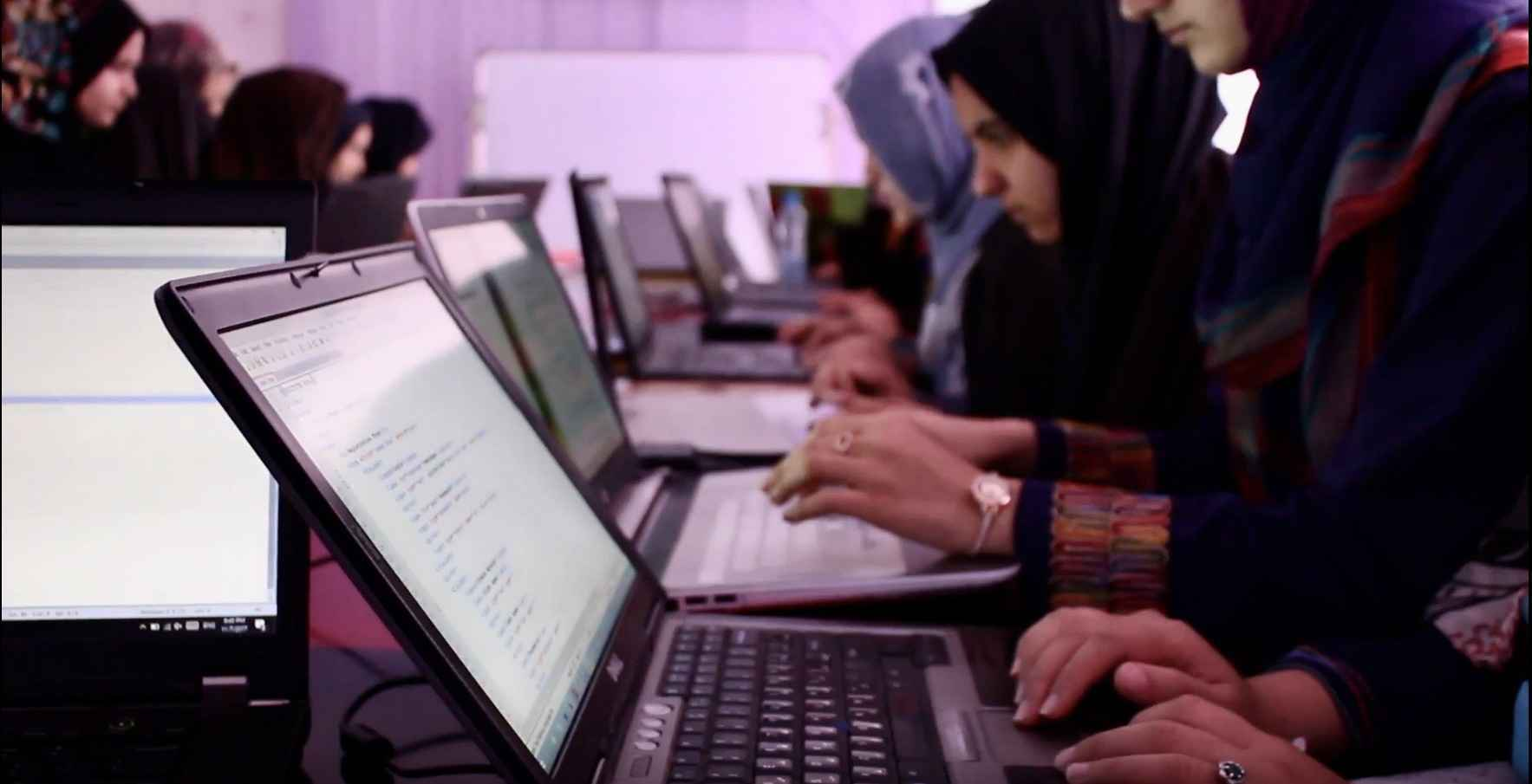 Share Hope with #AfghanGirlsCode with Your Year-End Giving! image
