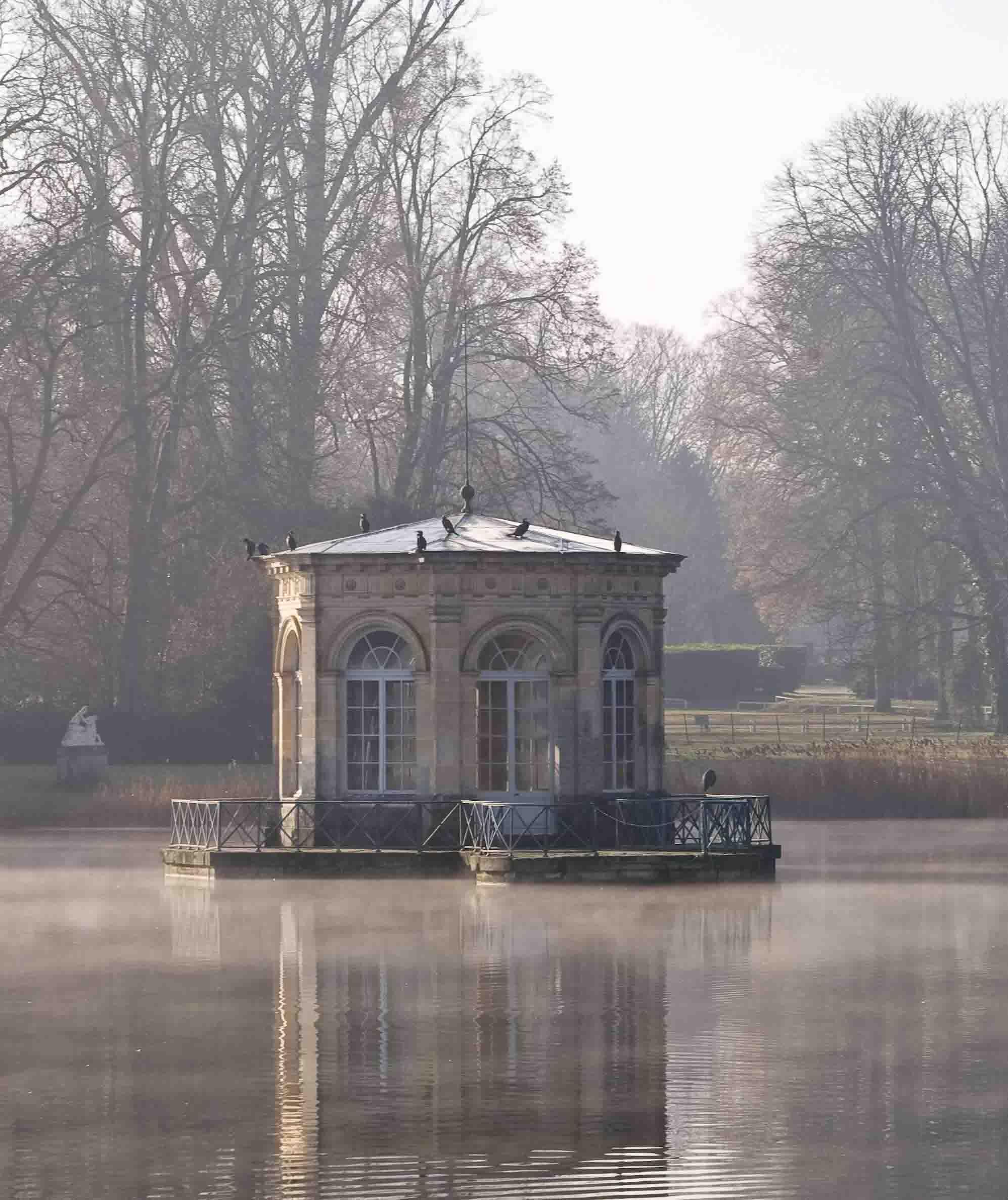 Pond Pavillon