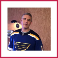 Andy Cohen Bisous